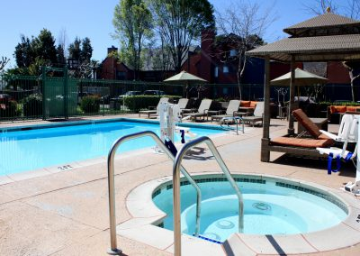 SenS Extended-Stay Residence Livermore Pool
