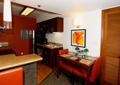 SenS Extended-Stay Residence Livermore Dining Room